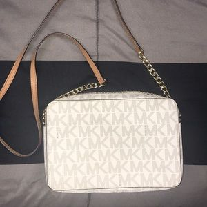 Michael Khors purse!